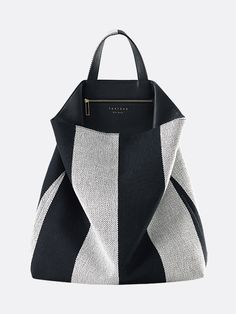 TSATSAS SO_FAR bag made out of Kvadrat/Raf Simons Reflex textile