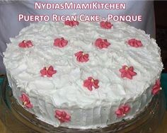 Puerto Rican Cake - Bizcocho - Ponque -This cake is addictive- Puerto Rican Bread Recipe, Puerto Rican Dessert Recipe, Puerto Rican Dishes, Puerto Rican Recipes, 4th Of July Desserts, No Bake Desserts, Delicious Desserts, Dessert Recipes, Comida Boricua