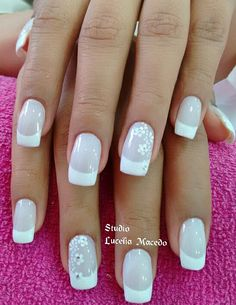 Installation of acrylic or gel nails - My Nails Fancy Nails, Trendy Nails, Cute Nails, My Nails, Bridal Nails, Wedding Nails, White Tip Nails, Holiday Nails, Natural Nails