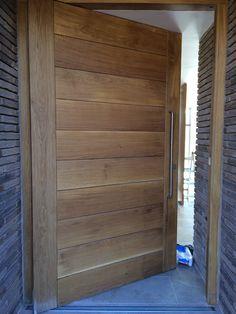 Great handle proportions for a splendid front door, on a very nice project in Cheshire House Entrance, Entrance Doors, Front Doors, Exterior Barn Doors, Front Door Handles, Chalet Style, Door Steps, Main Door, Internal Doors