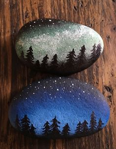 - Galaxy Painting - Step By Step Acrylic Painting Tutorial Painted River Rocks, Painted Rocks Craft, Hand Painted Rocks, Rock Painting Patterns, Rock Painting Ideas Easy, Rock Painting Designs, Pebble Painting, Pebble Art, Stone Painting