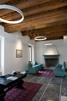Projects modern lighting