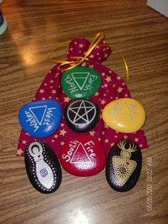 Mini Altar/Ritual Elemental/Directional Stones with God and Goddess and Cotton Storage Bag - fun gift idea for witchy friends