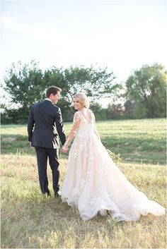 Dallas Texas Wedding | The Inspired Story Conference | Essence of Australia Gown | Laura Hernandez Photography