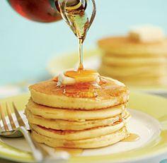 buttermilk pancakes w/buttermilk syrup