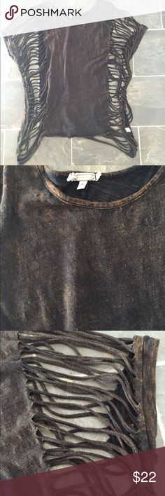 Gimmicks distressed t shirt Gimmicks by Bke from the buckle size medium. It is supposed to look faded/distressed. It's black faded to more of a brown tint. The sides are open/ shredded. BKE Tops Tees - Short Sleeve