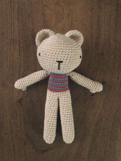 Oso beige tejido a crochet