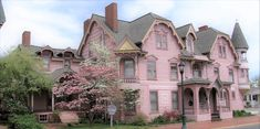 Gallery | The Towers Bed & Breakfast Old House Dreams, Bed And Breakfast, Mansions, Towers, House Styles, Gallery, Places, Manor Houses, Tours