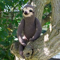 sloth amigurumi crochet pattern by planetjune