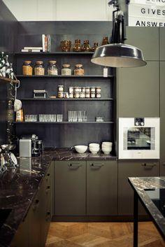 Dark hues and open shelves_The Loft_Eginstill_