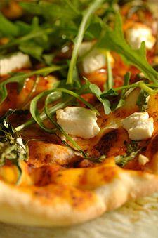 Maxi pizza au fromage de chèvre