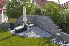 stone wall garden stone wall garden privacy protection perfect wood protection by Garden Privacy Screen, Privacy Plants, Privacy Landscaping, Tropical Landscaping, Landscaping With Rocks, Privacy Fences, Walled Garden, Garden Care, Garden Stones