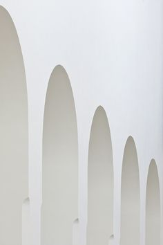 Built by John Pawson in Augsburg, Germany with date Images by Hufton+Crow. The church of St Moritz has been through many changes since its foundation nearly a thousand years ago. Architecture Design, Minimal Architecture, Sacred Architecture, Classical Architecture, Architecture Diagrams, Sustainable Architecture, Landscape Architecture, John Pawson, Kirchen