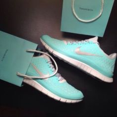Nike Free Run 3.0 V4 Tiffany Blue Green Size 8 Brand new Nike Shoes Sneakers