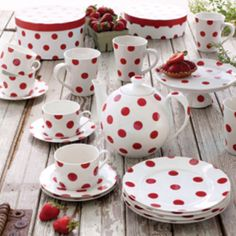 Love these dishes and they would go so great in my red and white kitchen