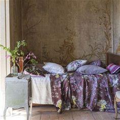 caprifoglio - damson fabric | Designers Guild