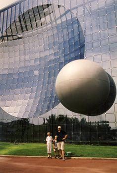 2000 Poitiers France • Futuroscope