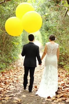 { HALI ROSE PHOTOGRAPHY } - South Florida Wedding Photographer...bride and groom with balloons