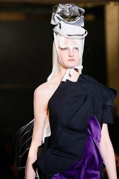 Comme des Garçons Spring 2013 Ready-to-Wear - Collection - Gallery - Style.com