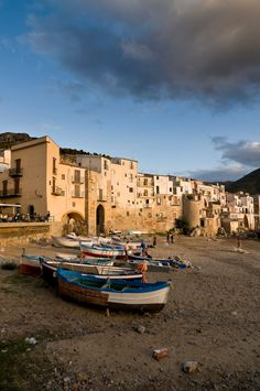 Cefalù Sicily, Italy Amazing trip must see travel!