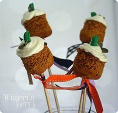 Pumkin Spice Cake Pops http://www.whipperberry.com/2010/09/cupcke-skewers-pumpkin-spice.html