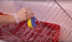 Nettoyer les grilles du four sans efforts