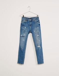 Slim text and drawing boyfriend jeans - Jeans - Bershka Taiwan