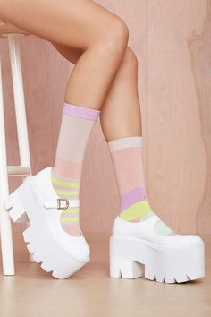 Stance Simplicity Sock – What's New - ropa, vacaciones y más Dream Shoes, Crazy Shoes, Me Too Shoes, Aesthetic Shoes, Aesthetic Clothes, Fashion Socks, Cute Fashion, Women's Fashion, Kawaii Shoes