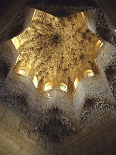 Moorish ceiling, Alhambra palace, Granada, Andalucia, Spain by Robert Harding Islamic Architecture, Amazing Architecture, Art And Architecture, Architecture Details, The Places Youll Go, Places To See, Beautiful World, Beautiful Places, Amazing Places