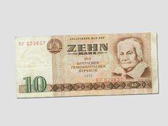 """DDR Museum - Museum: Objektdatenbank - Banknote """"10 Mark""""    Copyright: DDR Museum, Berlin. Eine kommerzielle Nutzung des Bildes ist nicht erlaubt, but feel free to repin it!"""