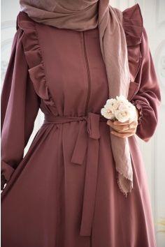Frock Fashion, Abaya Fashion, Modest Fashion, Fashion Dresses, Muslim Women Fashion, Korean Girl Fashion, Hijab Mode, Hijab Fashionista, Stylish Dresses For Girls