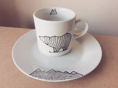 Mountain Bear SET: mugplate  hand illustrated quirky wild