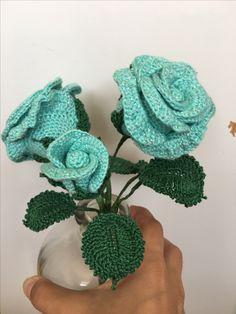 Crochet roses decoration green roses