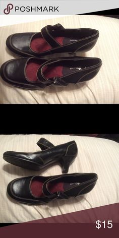 Aerosoles.  Black Mary Jane Heels Beautiful Aerosoles Mary Jane Heels.  Excellent Condition.  Never worn. AEROSOLES Shoes Heels