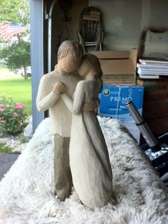 man and women willow statue in Ellieguns' Garage Sale in Genoa city , WI for $50. willow statue man and women holding each other