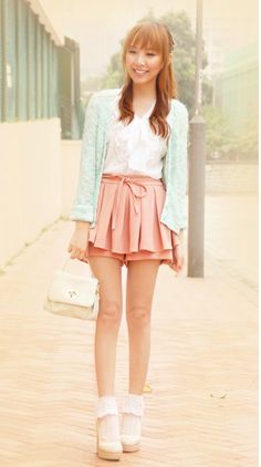 The blouse is so cute! And the colours are so girly. I really love the skirt. It is perfect for school :D