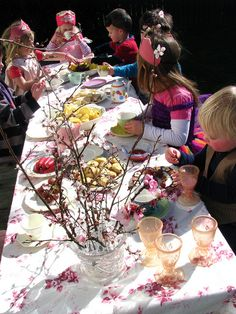 Fairy/Forest tea party. Like the branches in vase