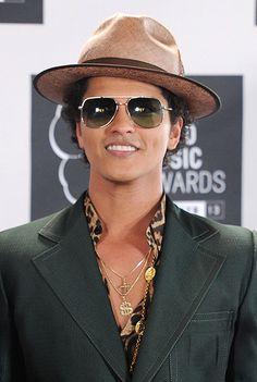 Bruno Mars, 2013