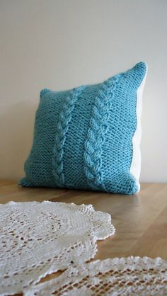 Handmade knitted Cushion Decorative Knit Cable by YellowByZoe Turquoise Cushions, Knitted Cushions, Knit Pillow, Cable Knit, Home Accessories, Throw Pillows, Knitting, Handmade, Home Decor