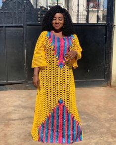ebonyisblack: African Maxi dress , Free style or Agbada for Wome. Long African Dresses, African Lace Styles, Latest African Fashion Dresses, African Print Fashion, Africa Fashion, African Style, Dress Fashion, African Fashion Traditional, Traditional Dresses