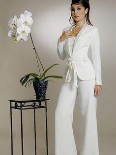 Tailleur pantalon femme mariage