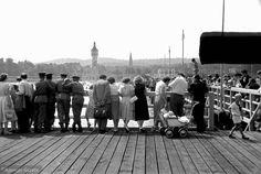Tadeusz Rolke znany jest głownie ze swojego wkładu w rozwój polskiej sztuki fotoreportażu. Pierwsze zdjęcia reportażowe robił już w czasie powstania warszawskiego. Po wojnie współpracował z magazynami