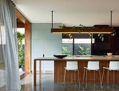 Brisbane Architects - Lockyer Architects sustainable, memorable award winning architecture and design.