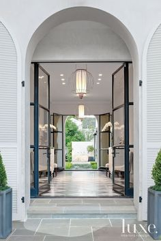 Modern contemporary double steel-and-glass front door into gorgeous entry foyer and hall! Exterior Design, Interior And Exterior, Luxury Interior, Interior Designing, Room Interior, Architecture Design, Architecture Restaurant, Sustainable Architecture, Residential Architecture