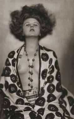 Anita Berber, photographed by Madame D'Ora, 1923