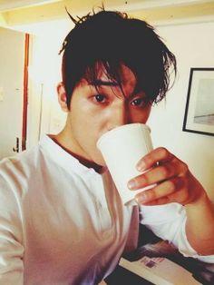 Changjo de Teen Top luce muy guapo para una revista de moda | Espacio KPOP
