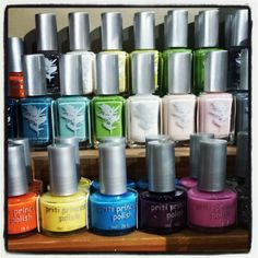 There's still time to show those toes with eco-friendly Priti Polish at Green in BKLYN.