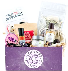 Monthly Box with crystals, aromatherapy, superfoods, beauty & spiritual tools