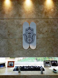 """Decoração - Quadro de Skate """"Hamsa"""" - @lojaonboard"""