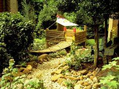 Gartengestaltung Ideen abendteuerlich atmosphäre schaffen ort kinder
